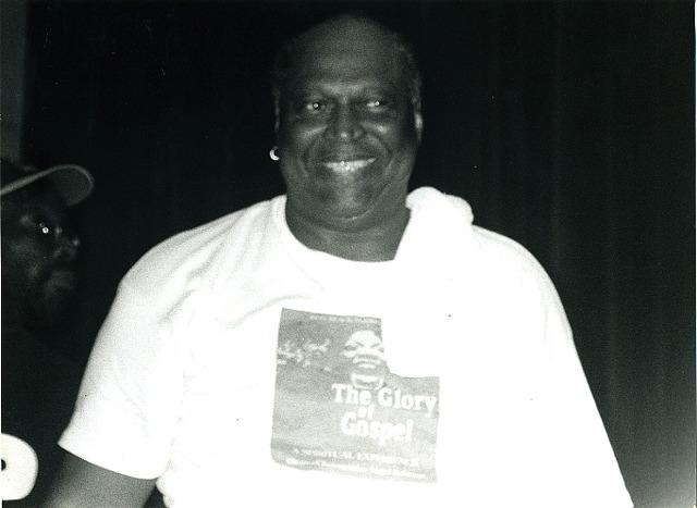 http://www.theaccapellaqueen.com/images/glory_of_gospel_portrait.jpg