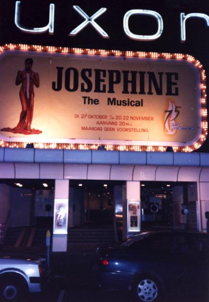 http://www.theaccapellaqueen.com/images/josephine_snapshots_3.jpg