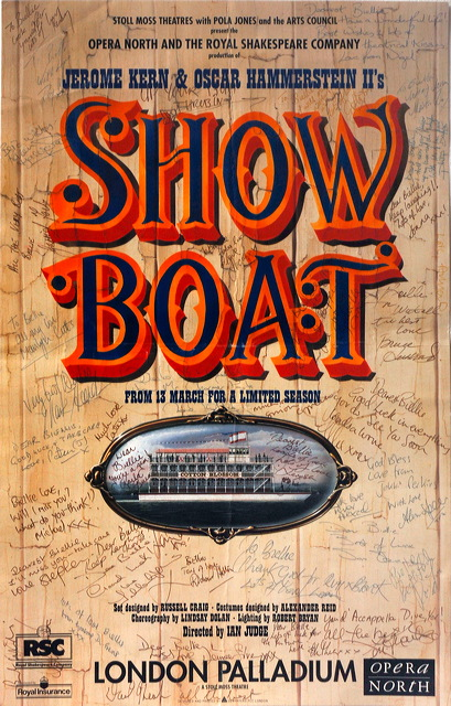 http://www.theaccapellaqueen.com/images/show_boat_affiche.jpg
